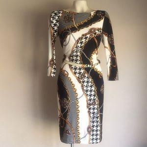 Cache Dress Chain print
